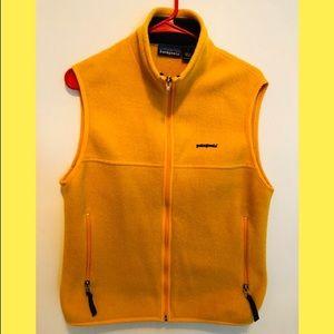 Patagonia Yellow Fleece Vest Small Unisex 🏔